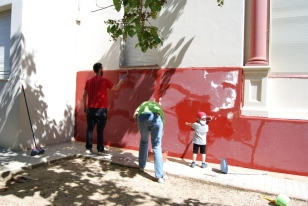 Pintant la façana