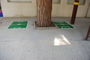 Futbolins per jugar amb xapes